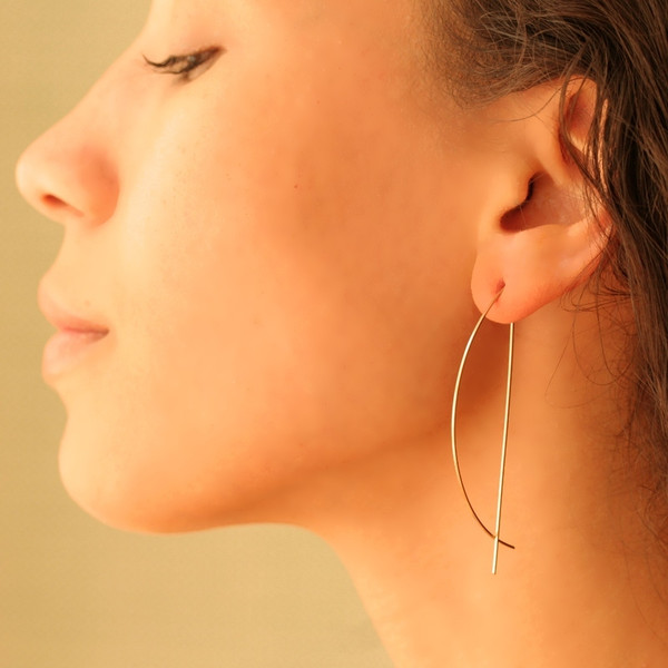 By Boe HALF MOON THREADER EARRINGS E197